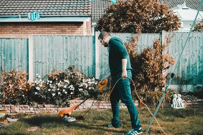 Effektive maskiner til havearbejdet
