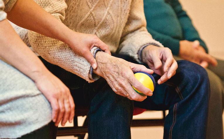 Post billede 5 ting der skal være tilgængelige i et seniorvenligt hjem Backup på strøm - 5 ting der skal være tilgængelige i et seniorvenligt hjem
