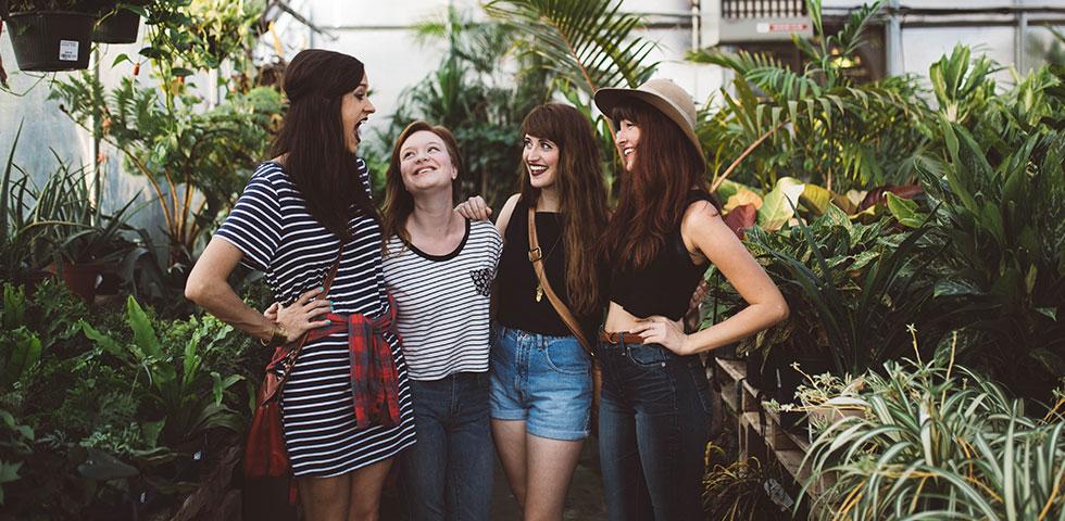 Post billede 5 tips til at skabe en fælleshave Hold møder - 5 tips til at skabe en fælleshave
