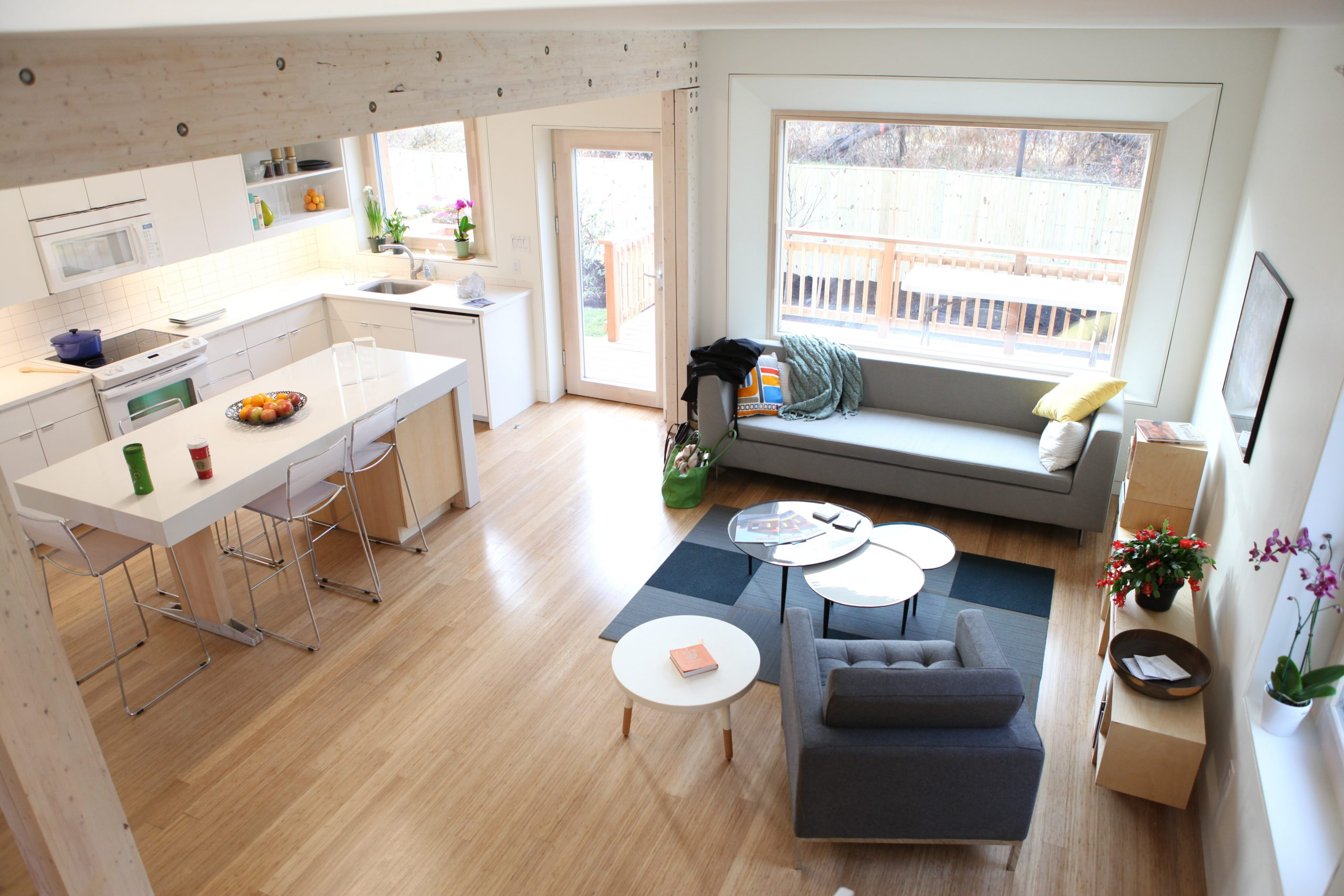 science in hd aoOQmIh pj0 unsplash scaled - Spred hjemlig hygge med stilrene designs fra Ferm Living